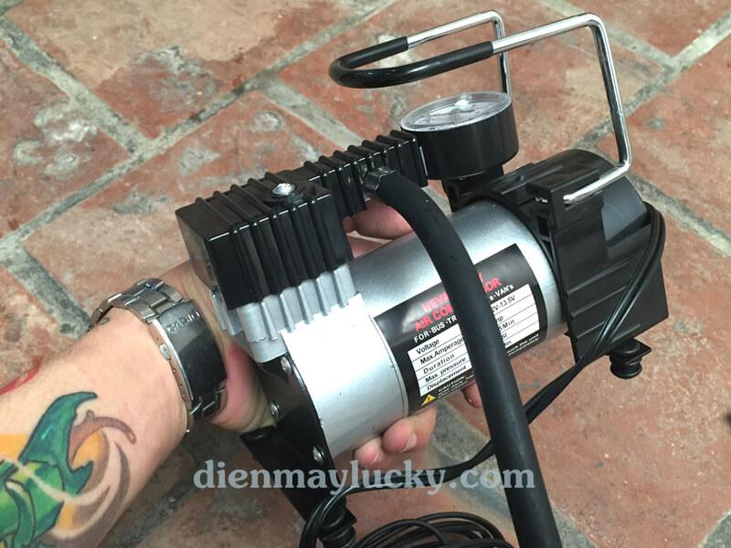 máy nén khí mini cầm tay