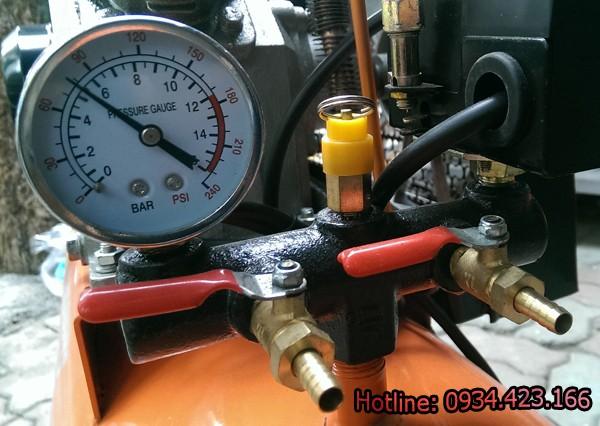 máy nén khí piston